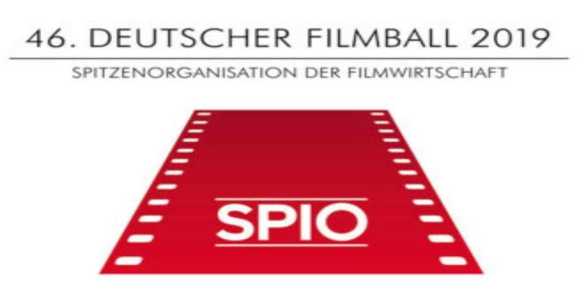 MIA SPENGLER GEWINNT NEW STARS @ DEUTSCHER FILMBALL